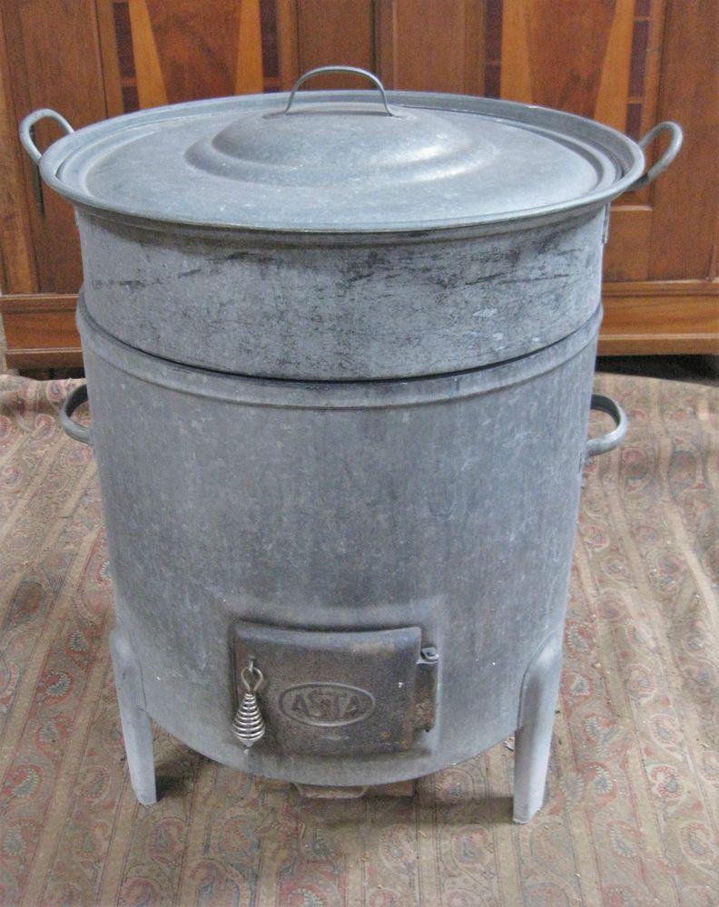 Einen solchen hatten wir auch: alter Kesselofen mit Waschkessel ...