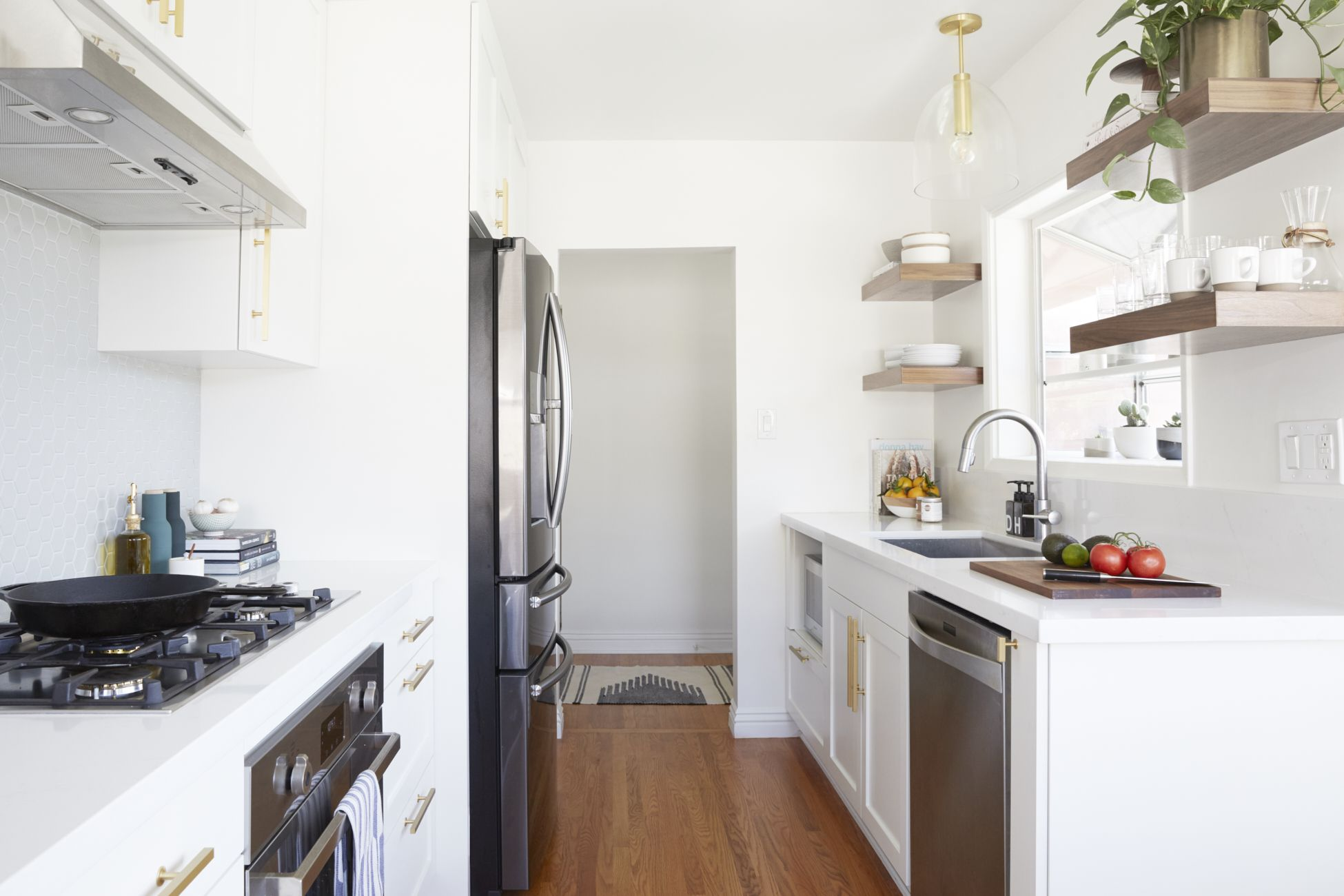 Before & After: A California Kitchen Dresses Down | Small kitchen ...