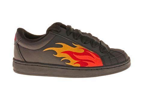 buffalo sneakers baskets buffalo flamme born in the 90. Black Bedroom Furniture Sets. Home Design Ideas