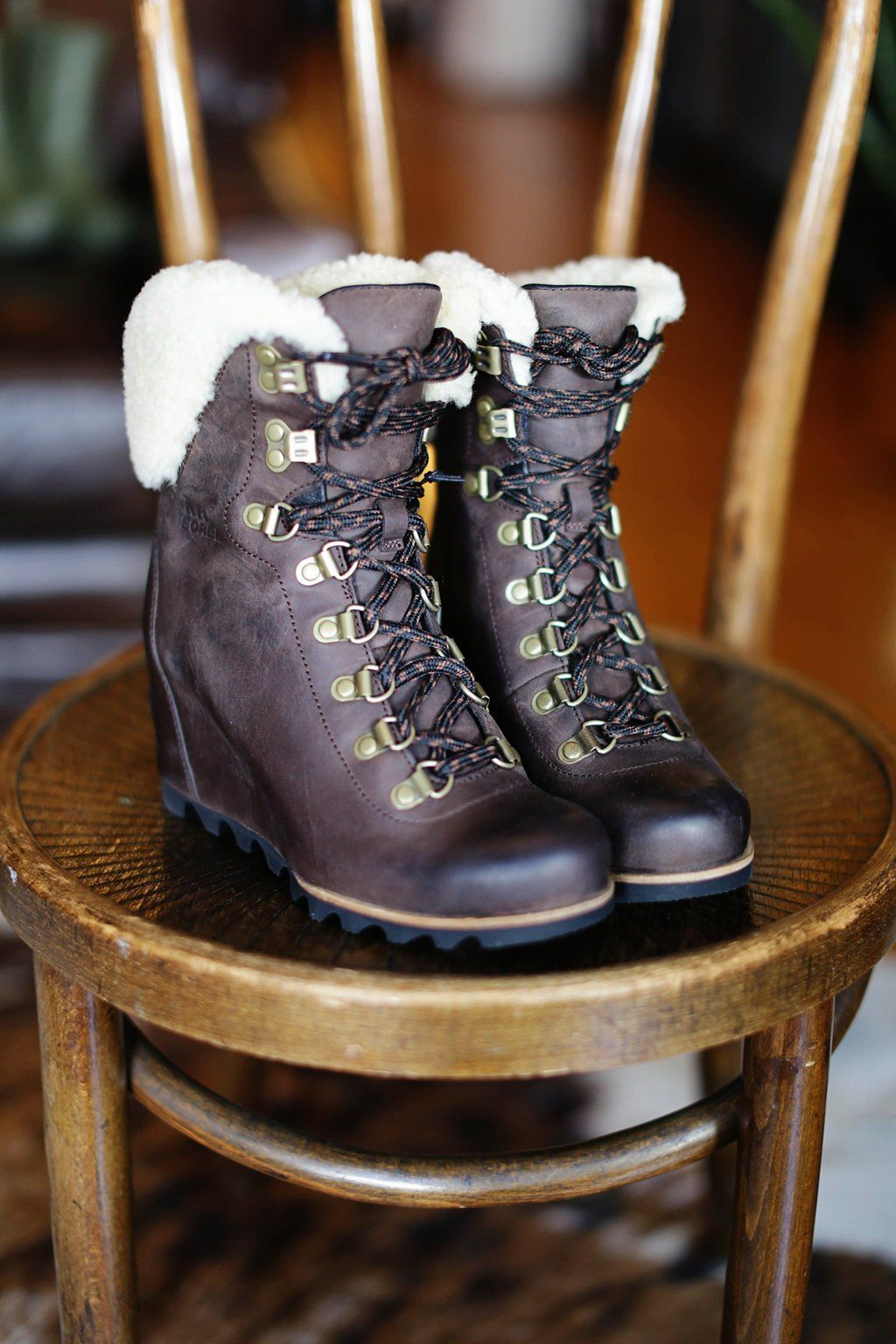 48587708650 Sorel - Conquest Wedge Shearling Boot
