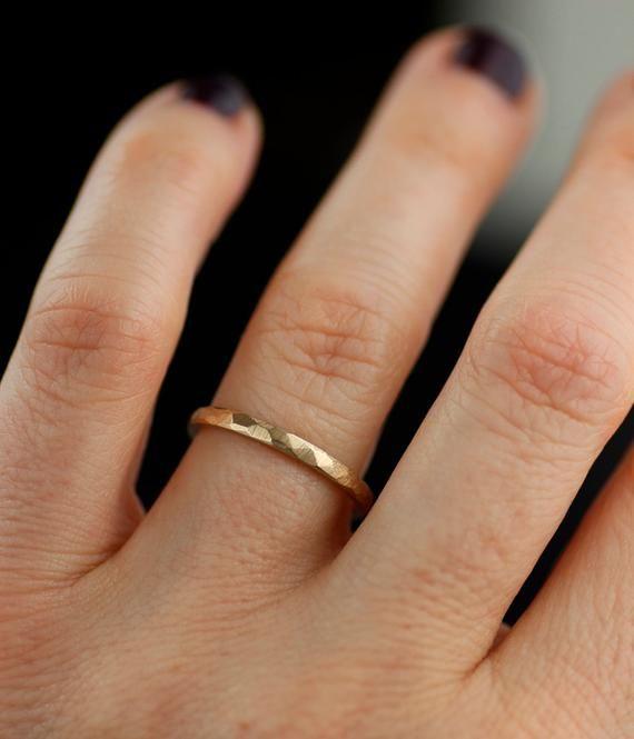Photo of Anneaux de mariage pour hommes ou femmes de model martelé | Etsy