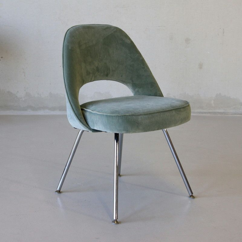 Pair Of Saarinen Side Chairs, Knoll