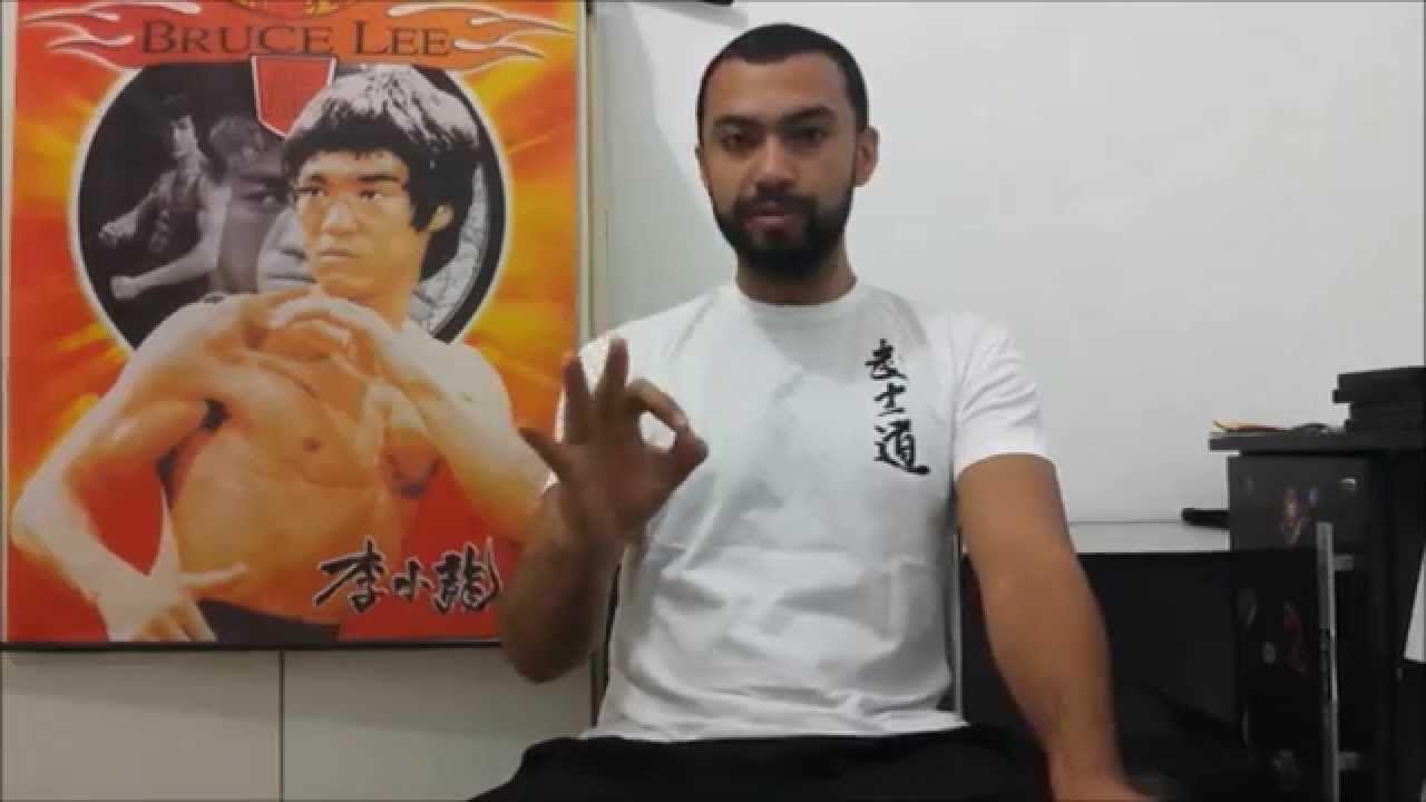 Bruce Lee : Aprenda a Separar o Artista do Oportunista.