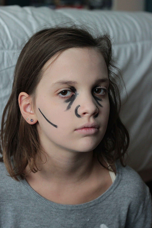 How To Halloween Zombie Makeup Zombie makeup easy