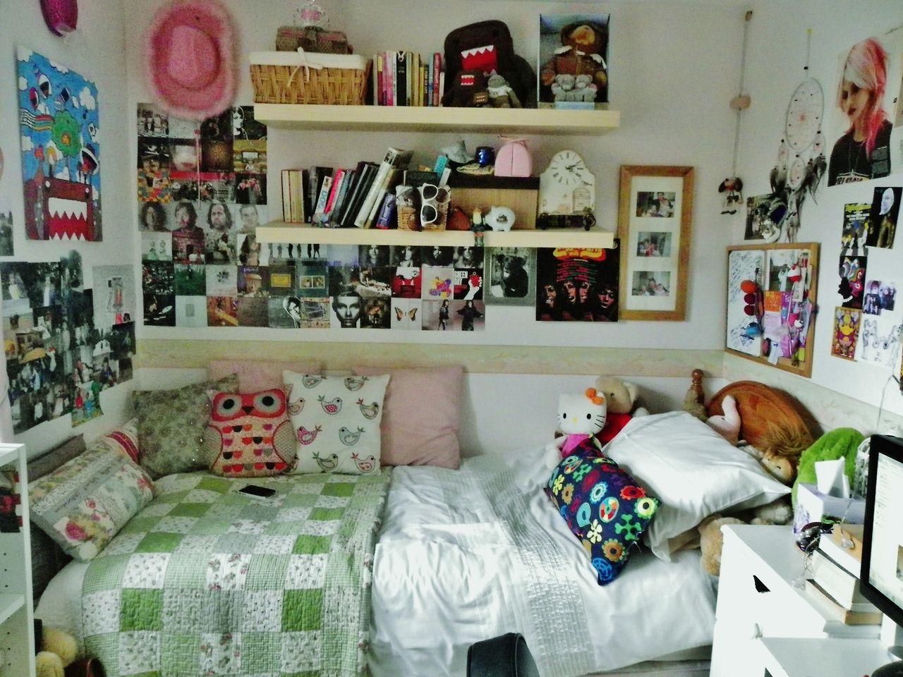 Wall decor for teen bedroom roomspiration  ideas room  pinterest  bedrooms roomspiration and