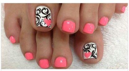 Black and white toe design
