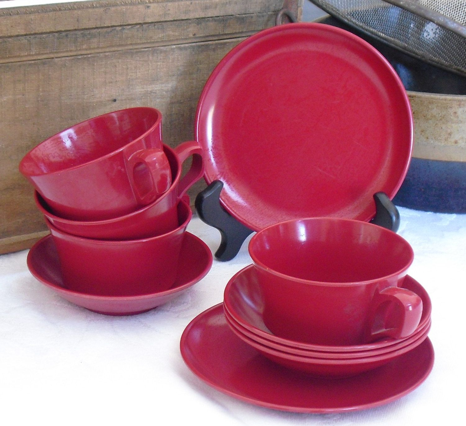 Vintage Red Melamine Cups Bowls Plates Allied Chemical 1950s Picnic Dish Set Camping Dinnerware Plastic Dishes Mid Century Melmac