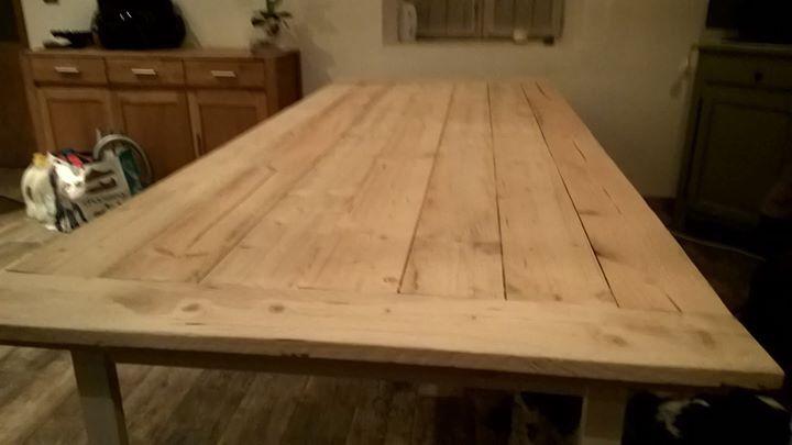 Sur L Idee D Un Ikea Hack Table De Salle A Manger De 2 60m De