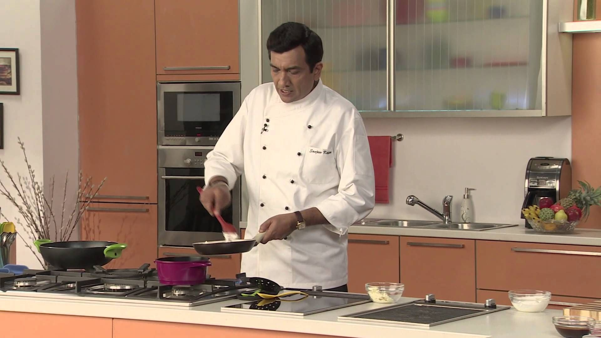 Sunheri gulab e gulkand with rose scented sauce festive recipe by sunheri gulab e gulkand with rose scented sauce festive recipe by chef sanjeev kapoor forumfinder Image collections