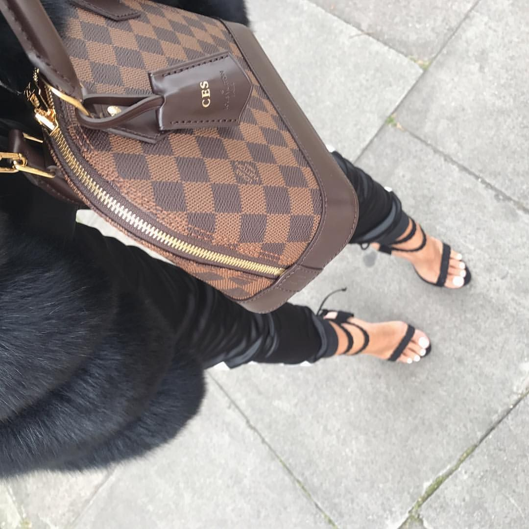 Louis Vuitton Alma BB Damier Ebene ( charlotteemilysanders) on Instagram 6c8898b1d37b5