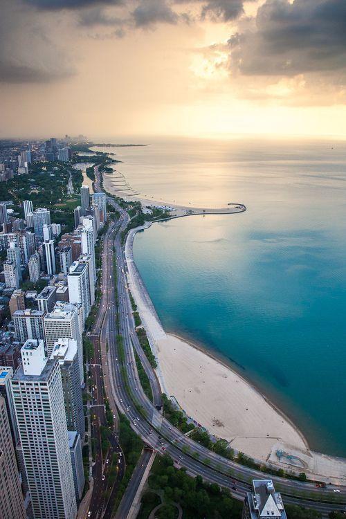 صورة من مدينة شيكاغو Lebanon لبنان الإمارات دبي Dubai دبي فلسطين جدة Jeddah الكويت السعودية Places To Visit Places To Travel Lake Shore Drive