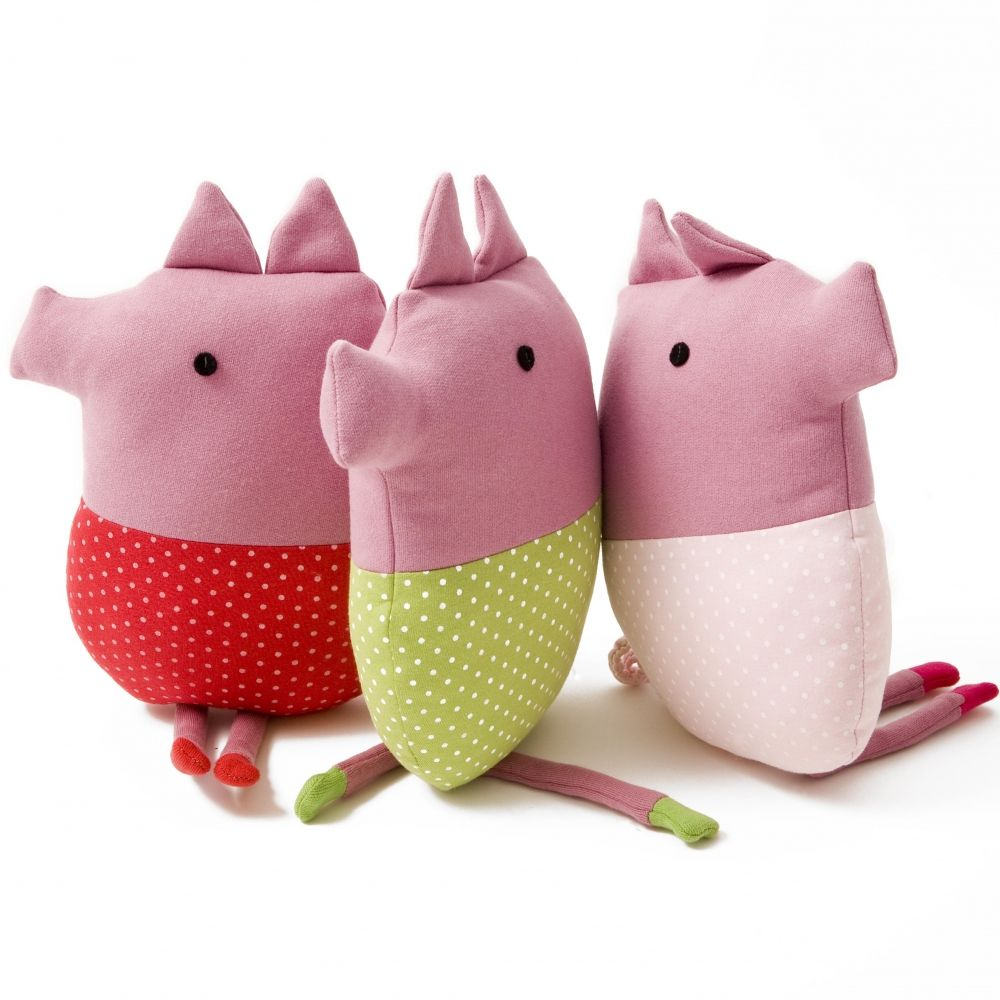 these simple little plushie toys are super cute  super kawaii