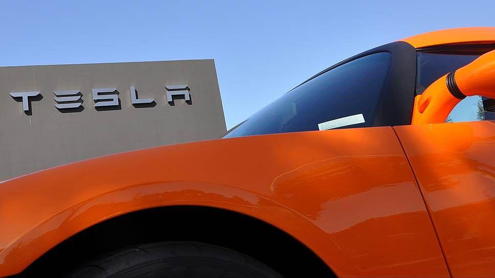 TESLA MOTORS пошла на рекорд продаж электромобилей.