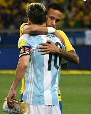 10 11 16 Brasil 0 X 0 Argentina Neymar Neymarjr Selecaobrasileira Jogo Em Andamento Neymar Neymar Jr Messi And Neymar