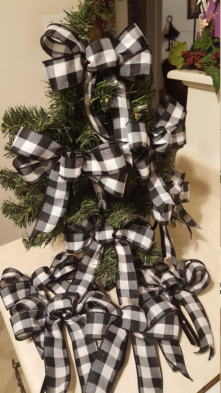 Black and White Plaid Bow Set of 10 Christmas tree bows