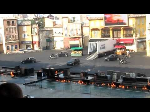 Hollywood Studios, Disney World- another awesome stunt show...watching this video makes me want to go back again!