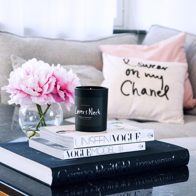 10 Top Books To Beat Your Vacation Blues Living Room Home Decor
