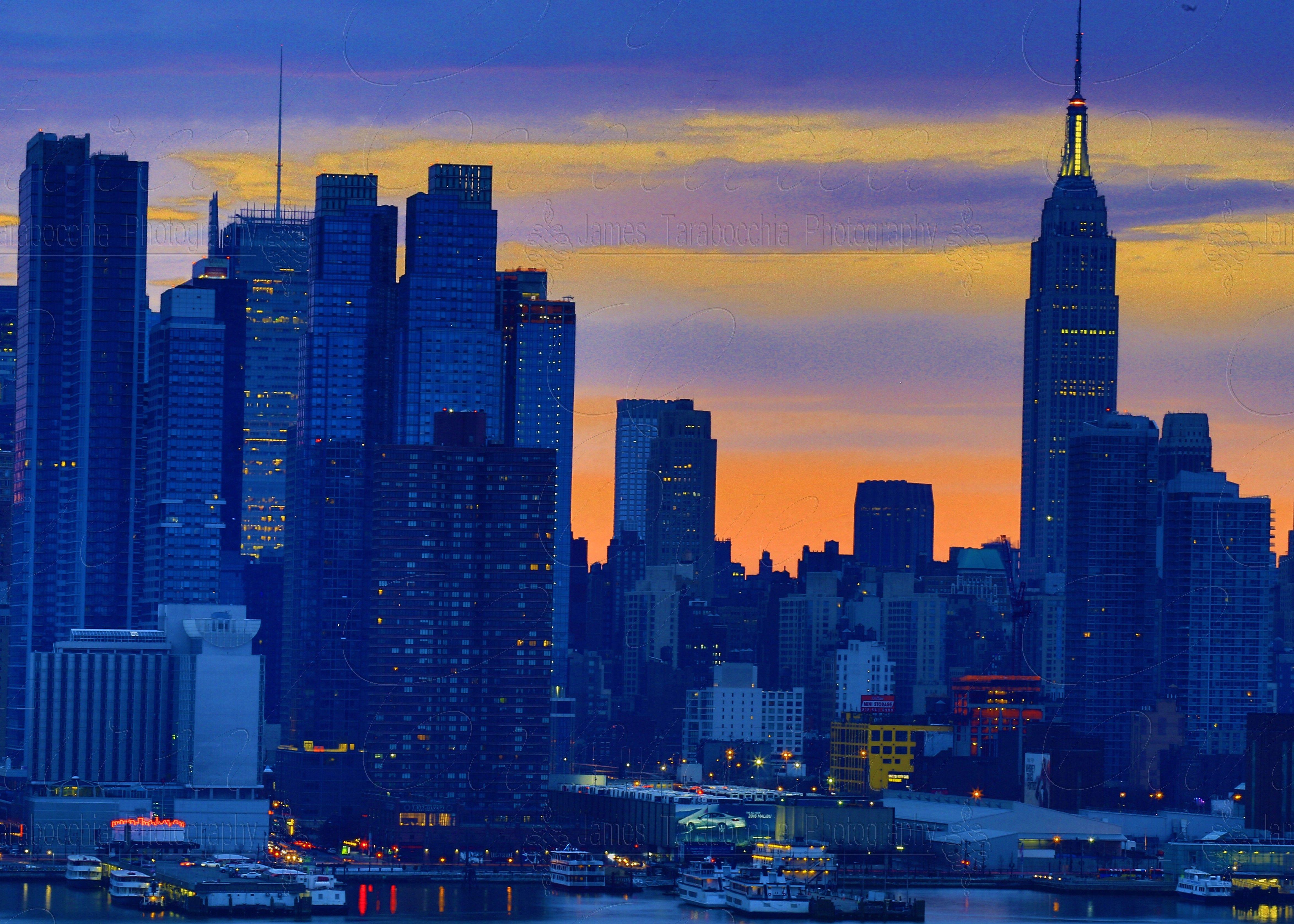 Pin By James On New York Skyline Skyline Landscape Photography New York Skyline