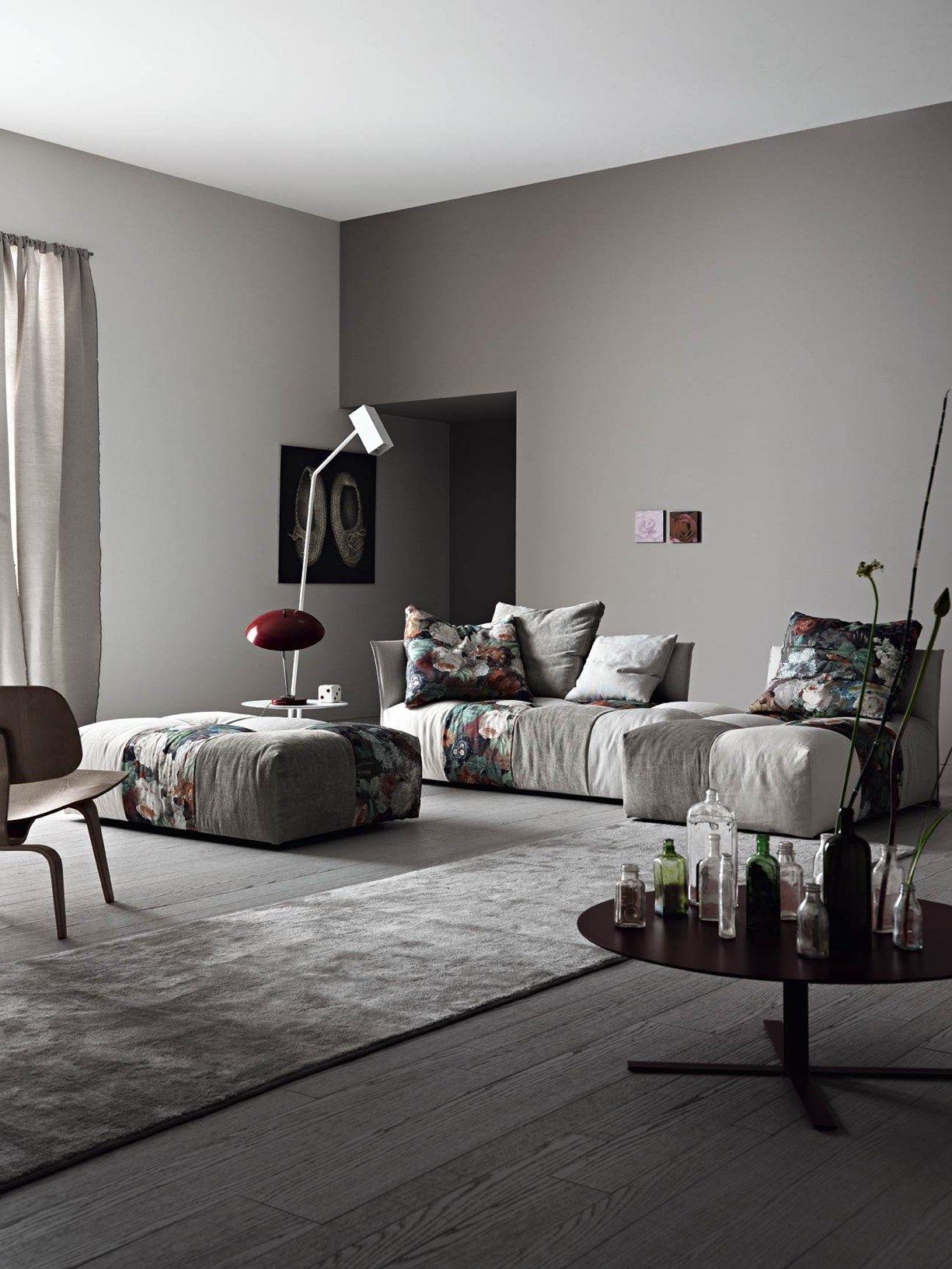 Modular elements freedom to compose Pixels sofa