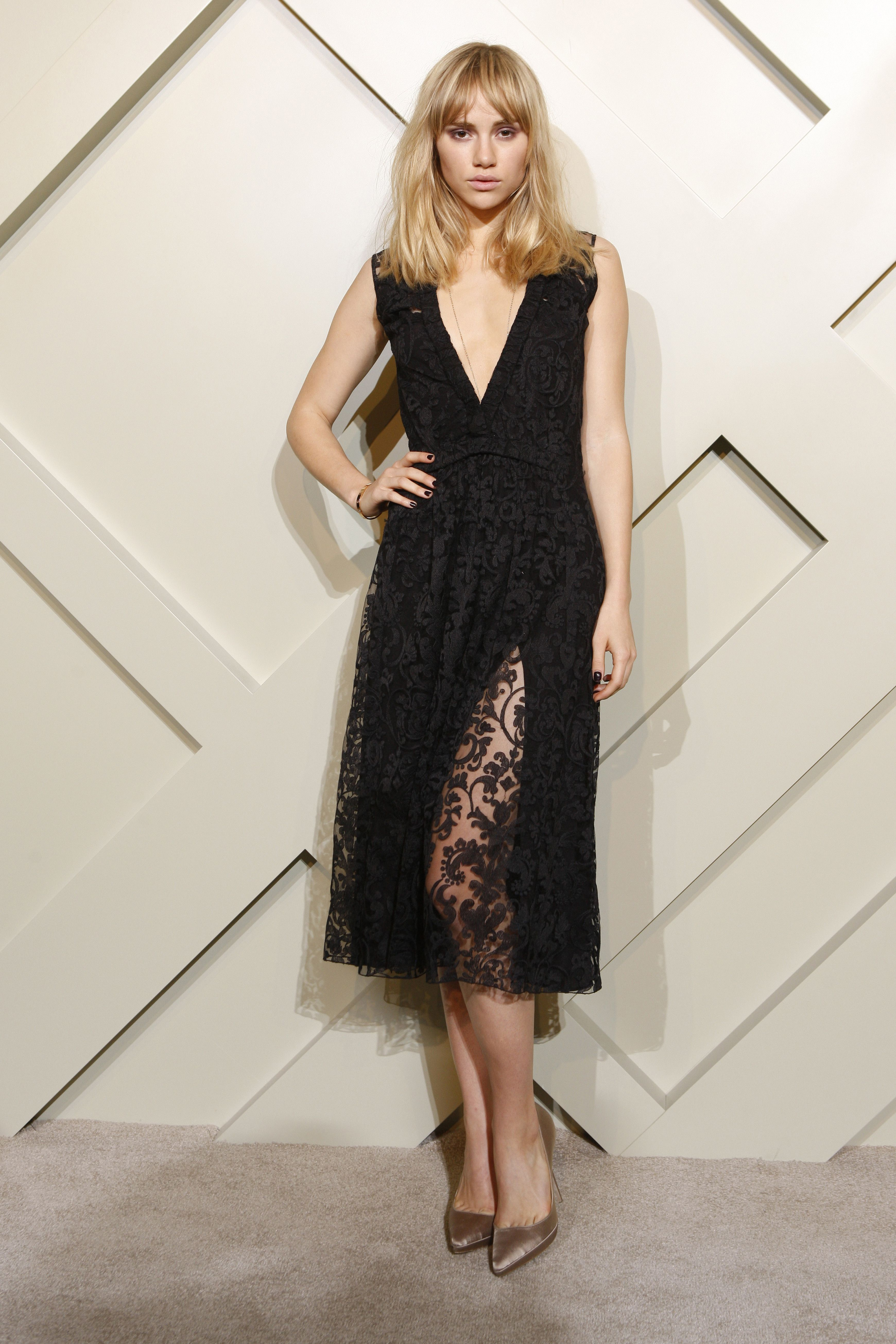Suki Waterhouse in Burberry Prorsum #LBD