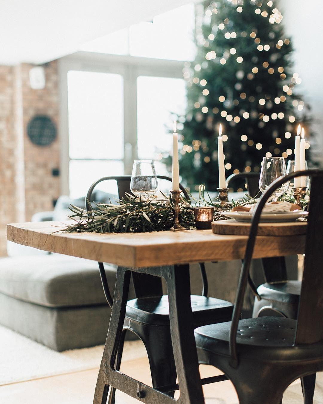 rustic home tour with huge real christmas tree hi honey i m home rh pinterest co uk