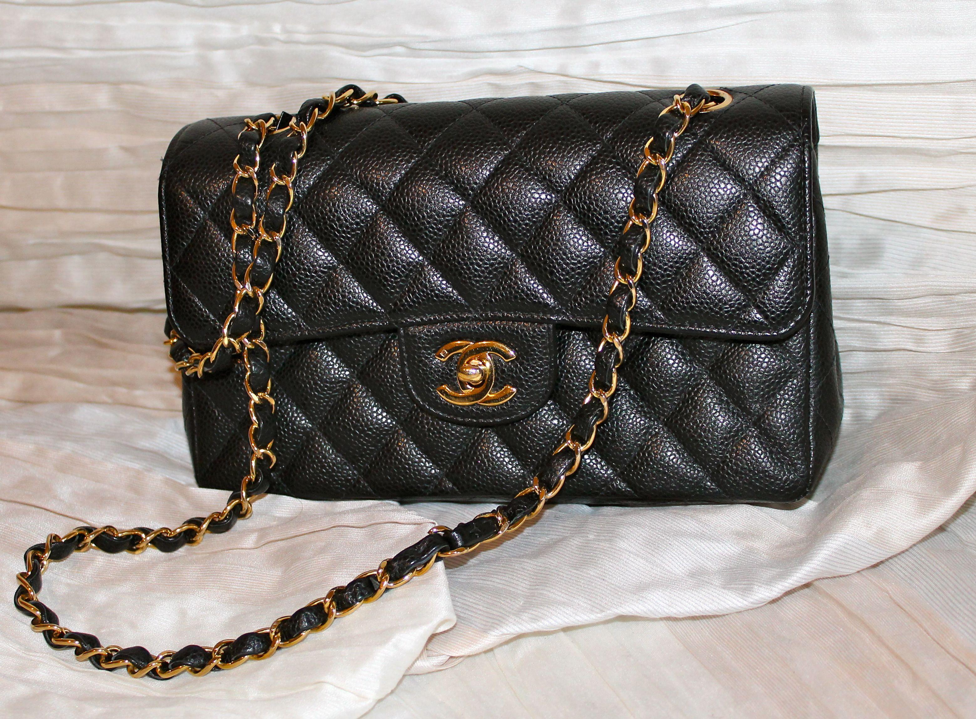 Borse Con Catena Chanel.Borsa Classica Chanel Modello Medio In Caviar Nero Doppia