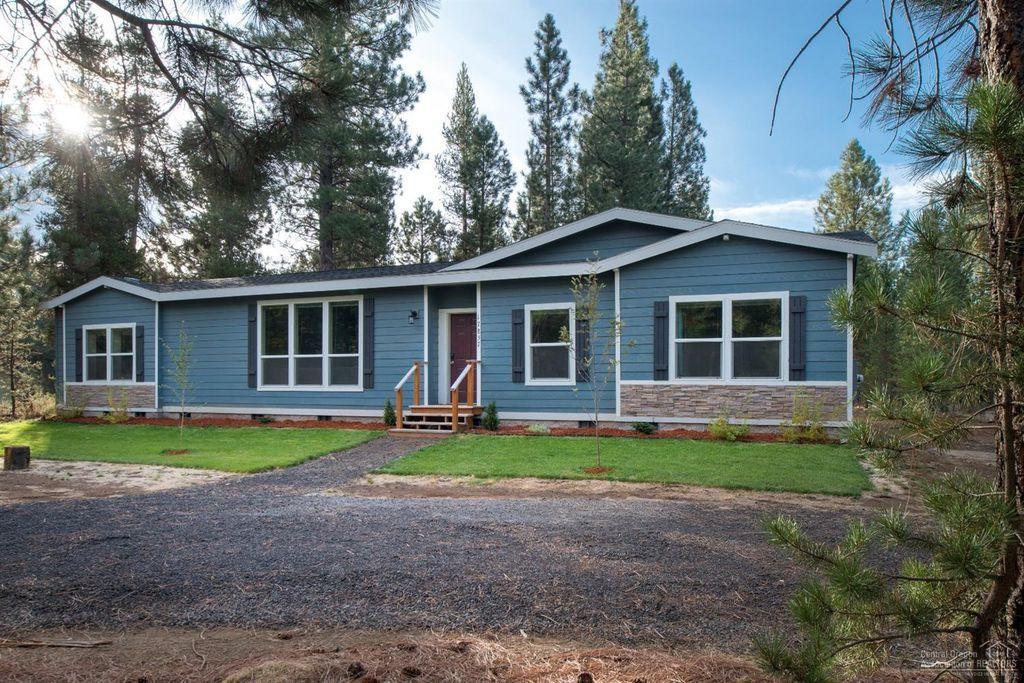 17857 Kodiak Ln Bend Or 97707 Mls 201710119 Zillow Real Estate Zillow Estates
