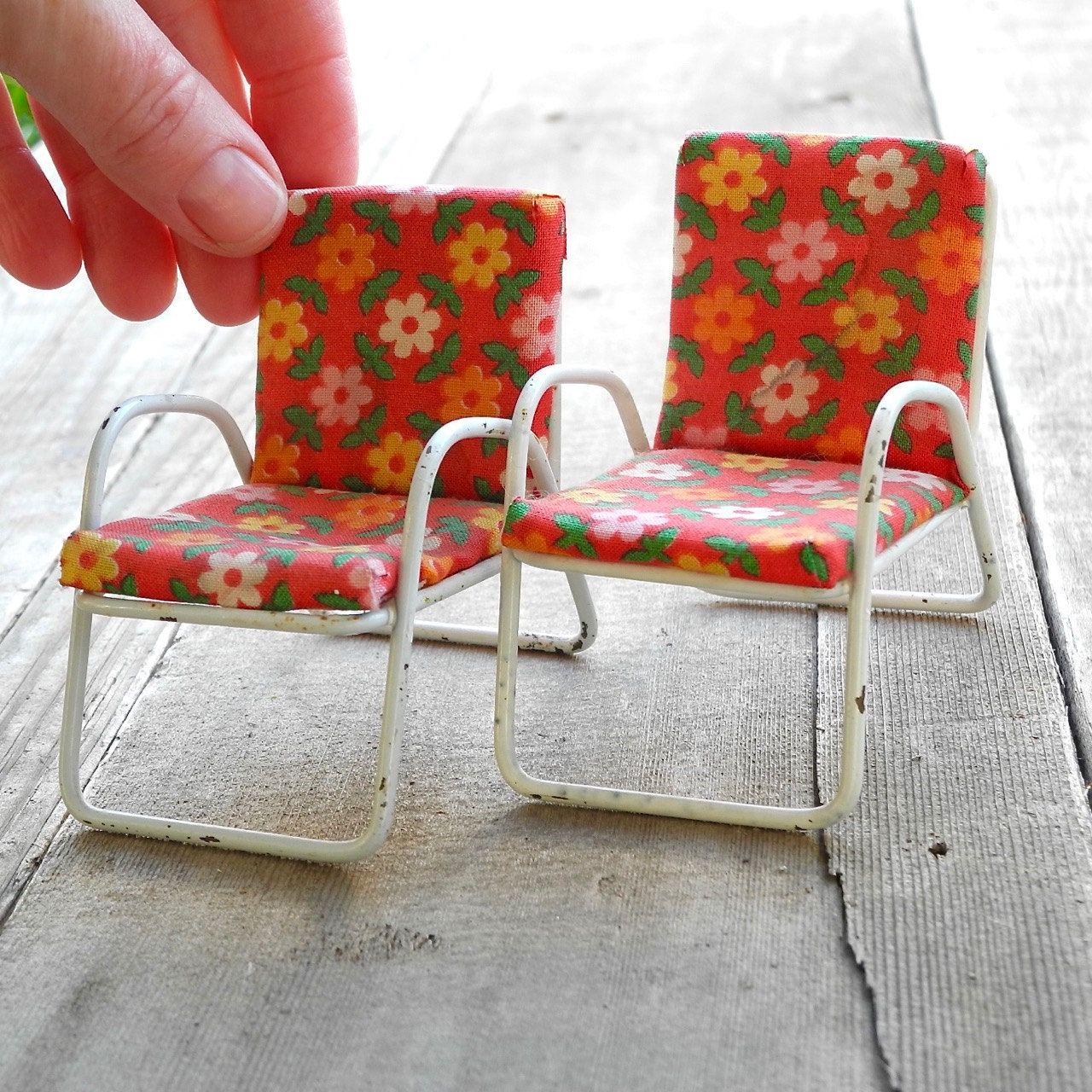 Chairs   Reverie Miniatures