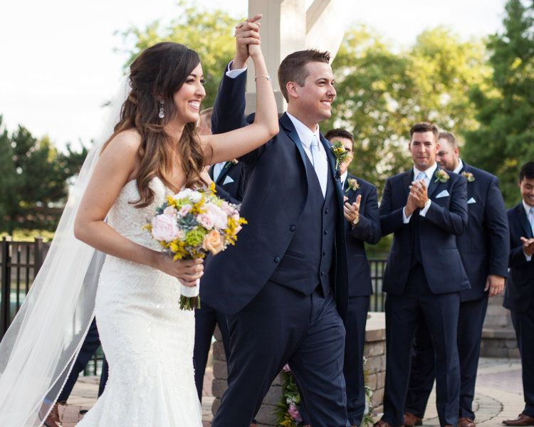 We do! Capturing wedding moments like these are our favorites