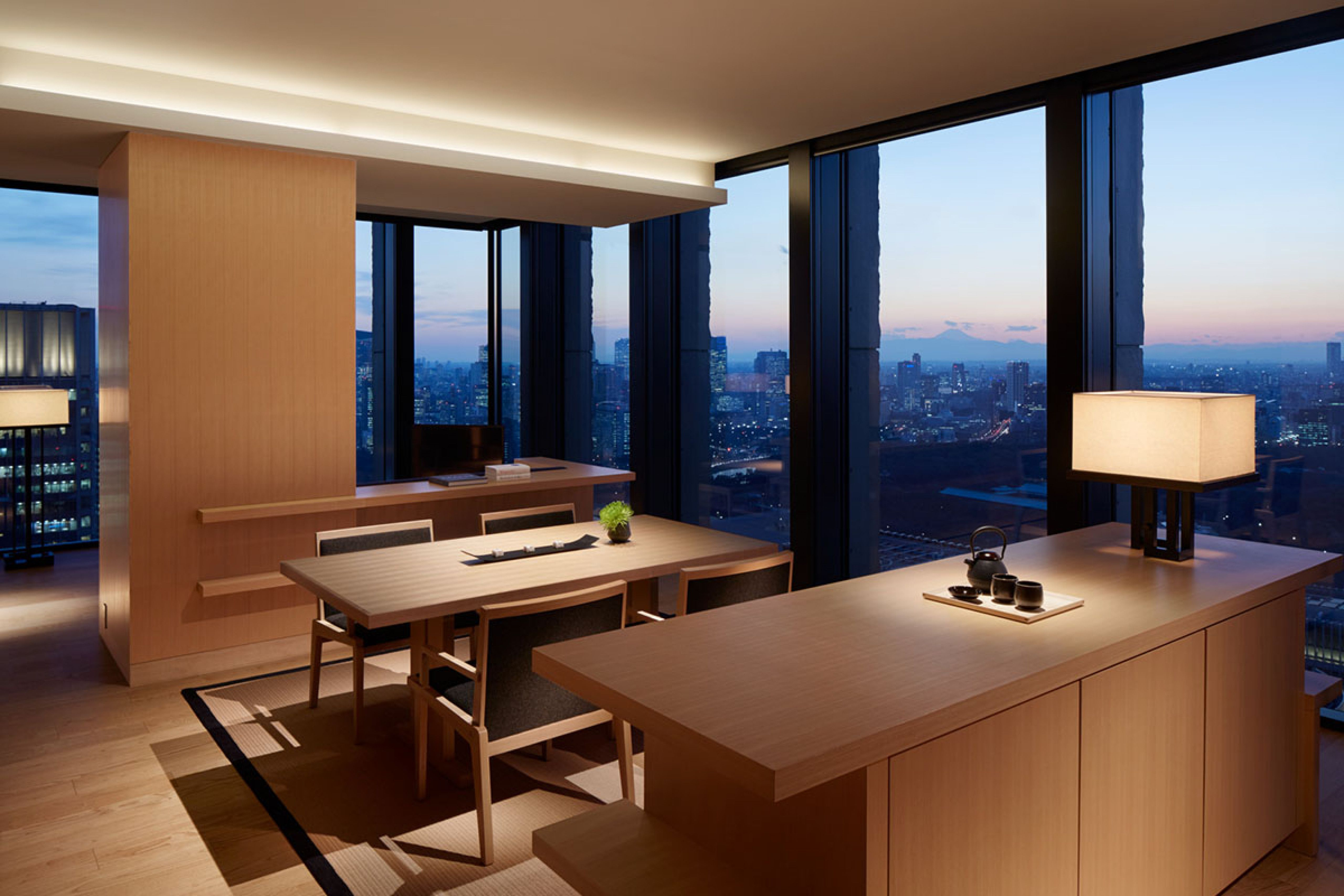Accommodation details seoul luxury hotel accommodations rooms - Explore Luxury Hotels Tokyo And More