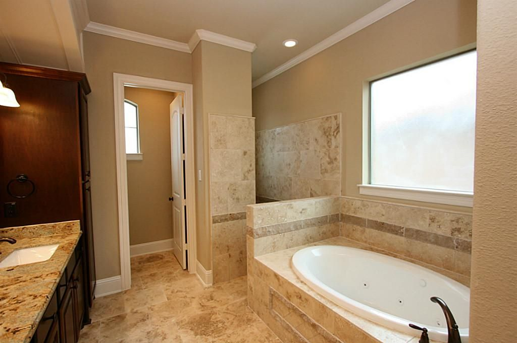 Walk In Shower No Door This Would Suit The Layout Of
