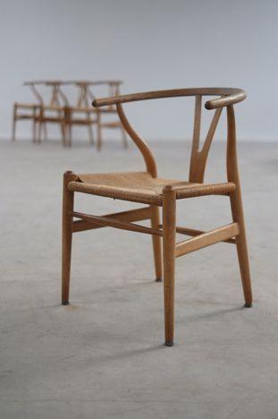 The modern warehouse furniture hans wegner wishbone for Mobili danesi