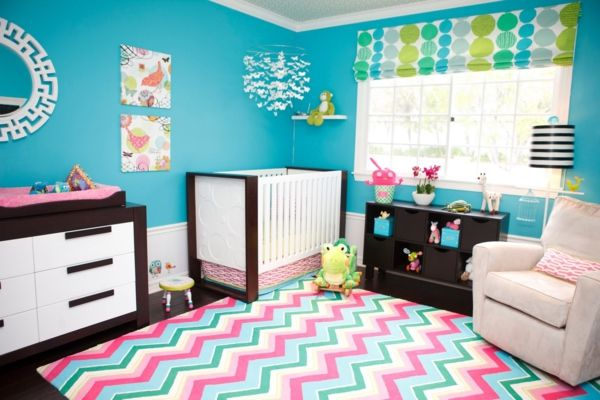 Le tapis chambre bébé - des couleurs vives et de l\'imagination ...