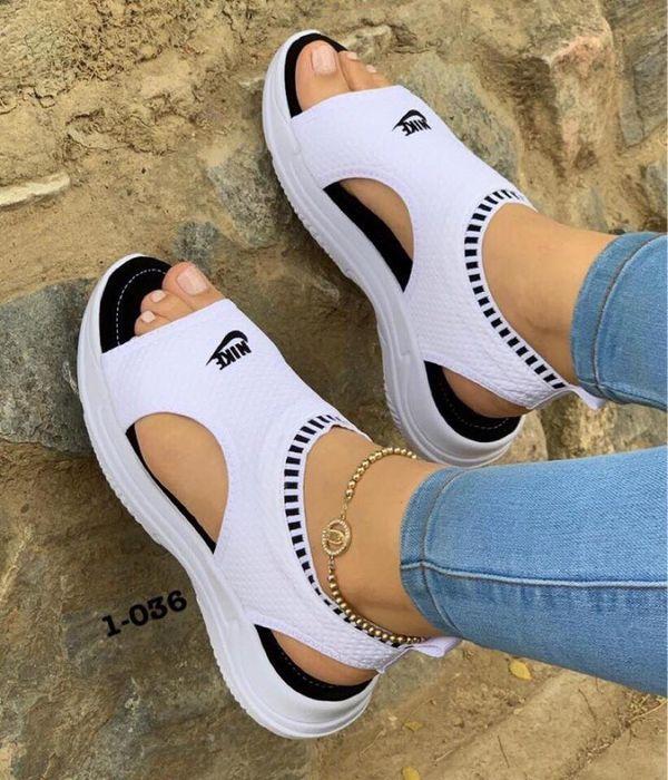 OfferUp in 2020 | Nike sandals, Nike