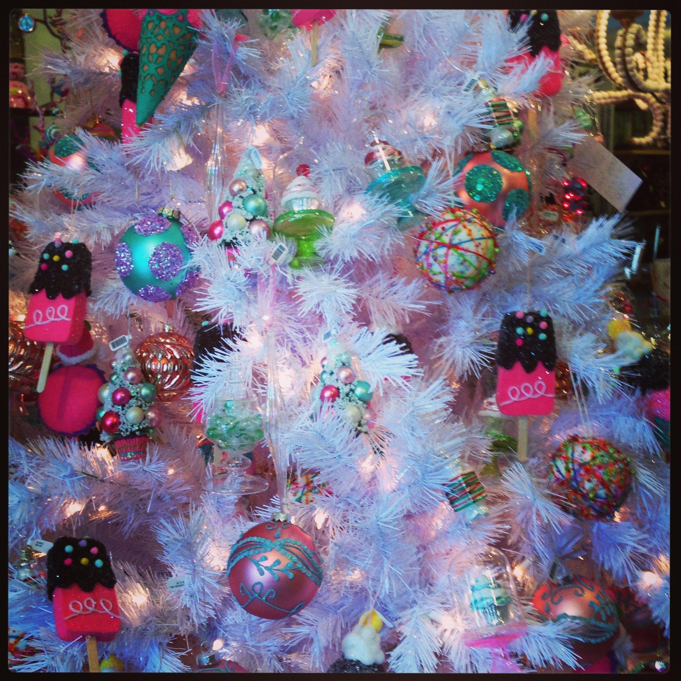 white christmas tree decorating ideas colourful candy theme kids christmas tree ideas 2013 kidschristmastrees