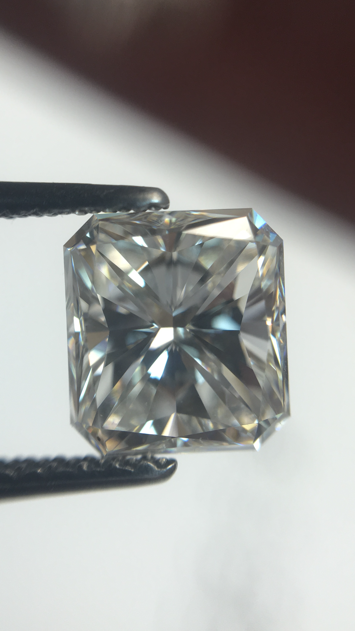 Radiant Shape diamond GIA Certified H Color VVS2