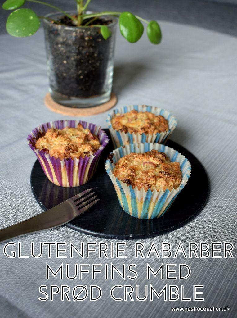 Rabarber er noget af det lækreste i kager, den syrlig-søde friskhed der bare spiller. Her i en low fodmap version med muffins, der både er bløde indeni og en sprød toppe med marcipan.