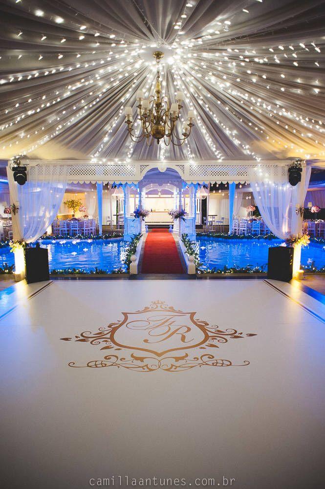 Pista de dança #dancefloor #wedding #party #weddingdesign #plotagem #noivas #led #pistadedança #chaodepista #ideias #ideiasparacasamento #festasdecasamento