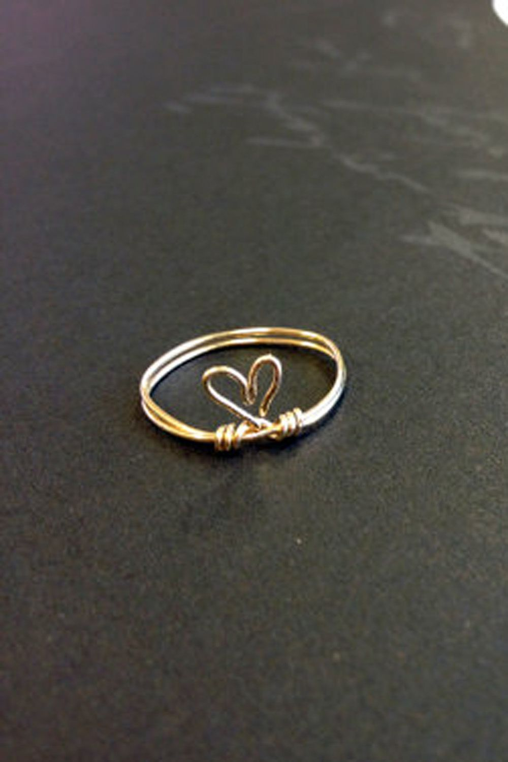 Cute heart wire ring I\'ve seen a lot of these. This isn\'t a ...