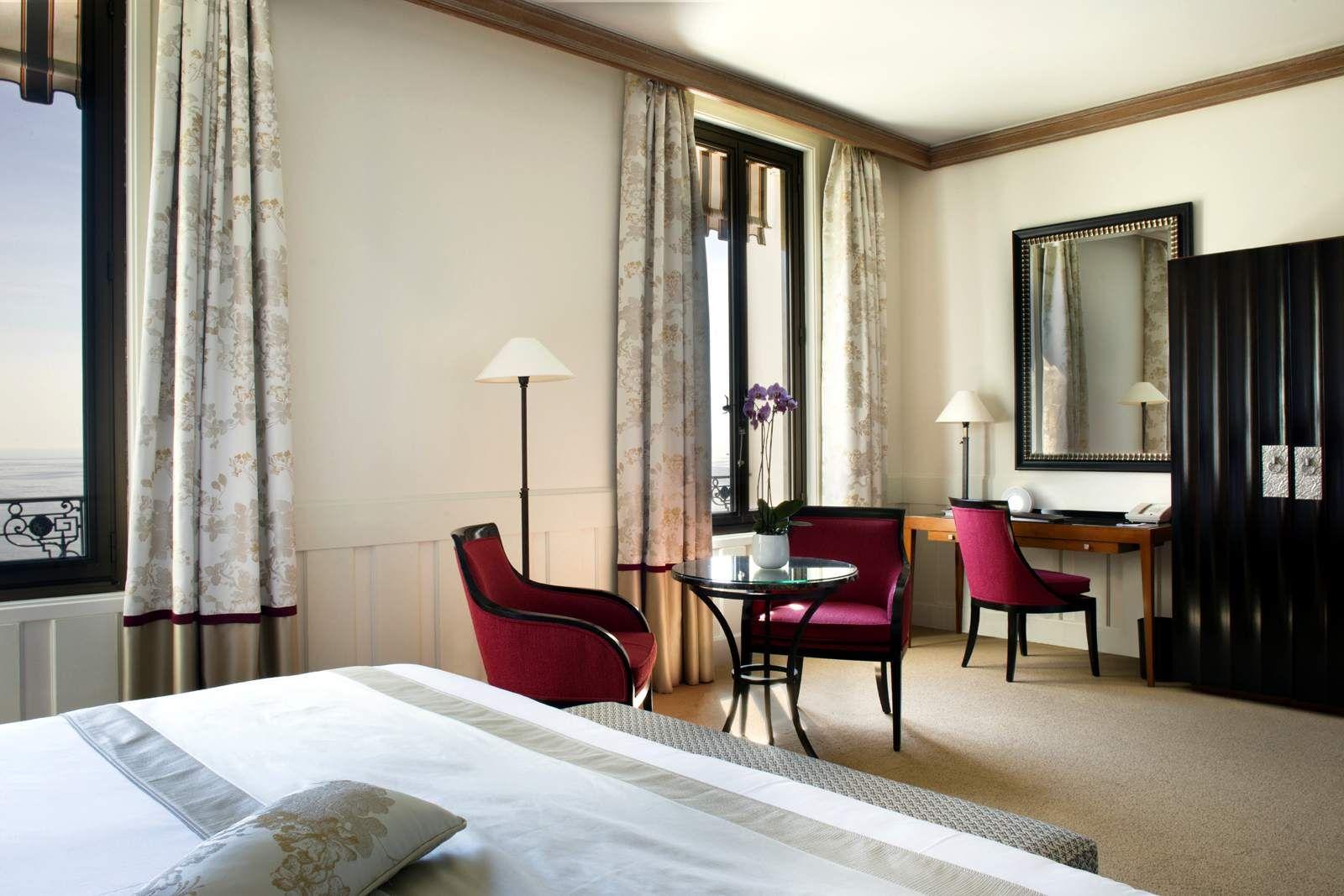 Hotel Royal De Niza Suite By Gancedo Hoteles By Gancedo  # Niza Muebles Y Objetos