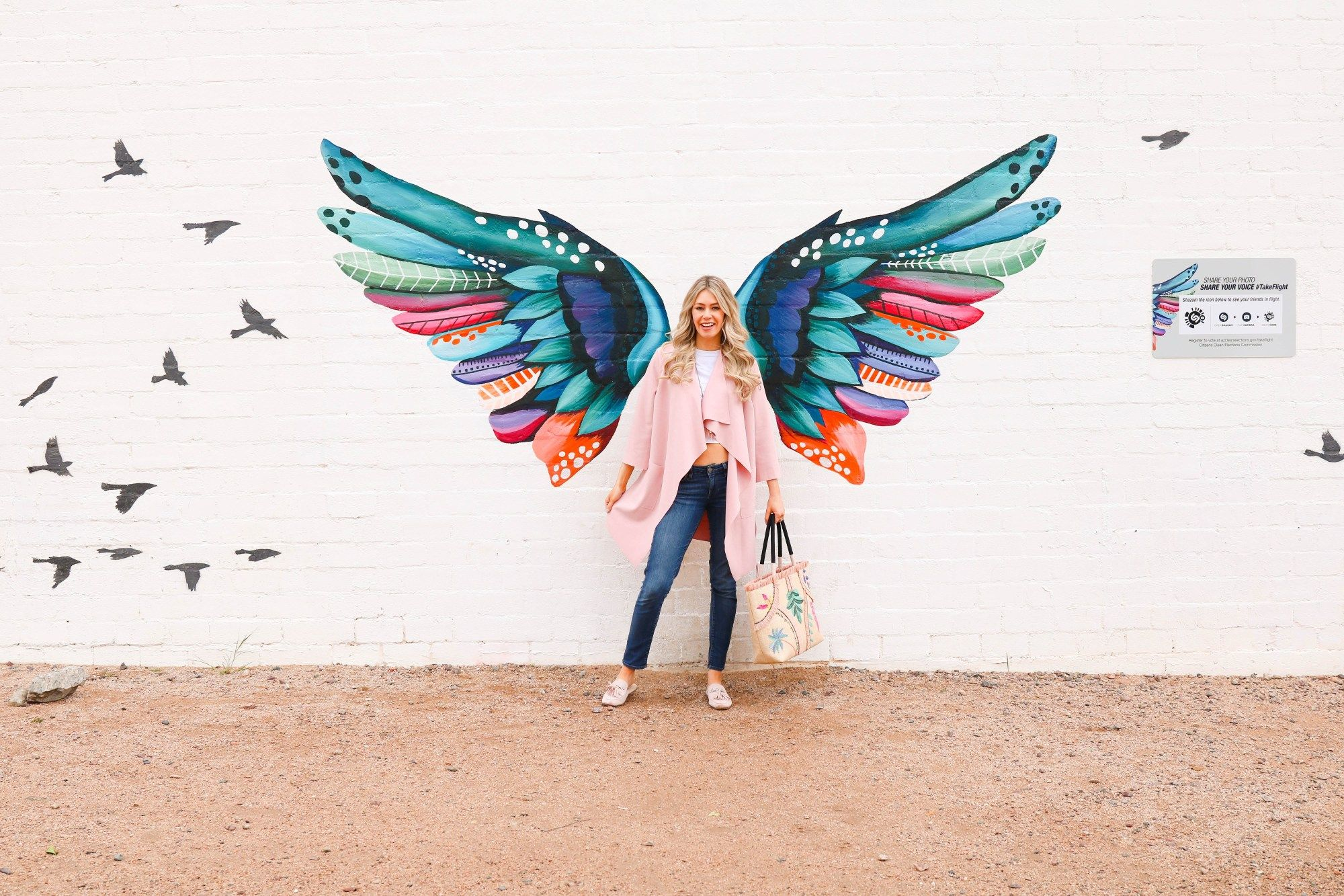 Instagrammable Walls In Phoenix And Mesa Arizona Pursuing Pretty Graffiti Wall Art Instagram Wall Mural Art