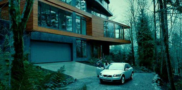 The Cullen House in Twilight | hookedonhouses.net & Bella \u0026 Edward: Living in the \
