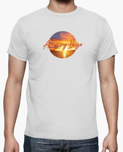 Camiseta con el texto amazing Ibiza