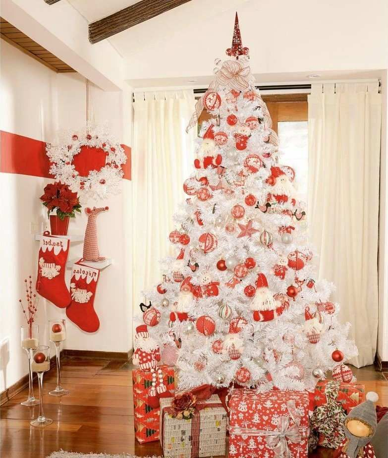 sapin de no l blanc qui apportera la magie de no l chez vous sapin de noel artificiel sapins. Black Bedroom Furniture Sets. Home Design Ideas