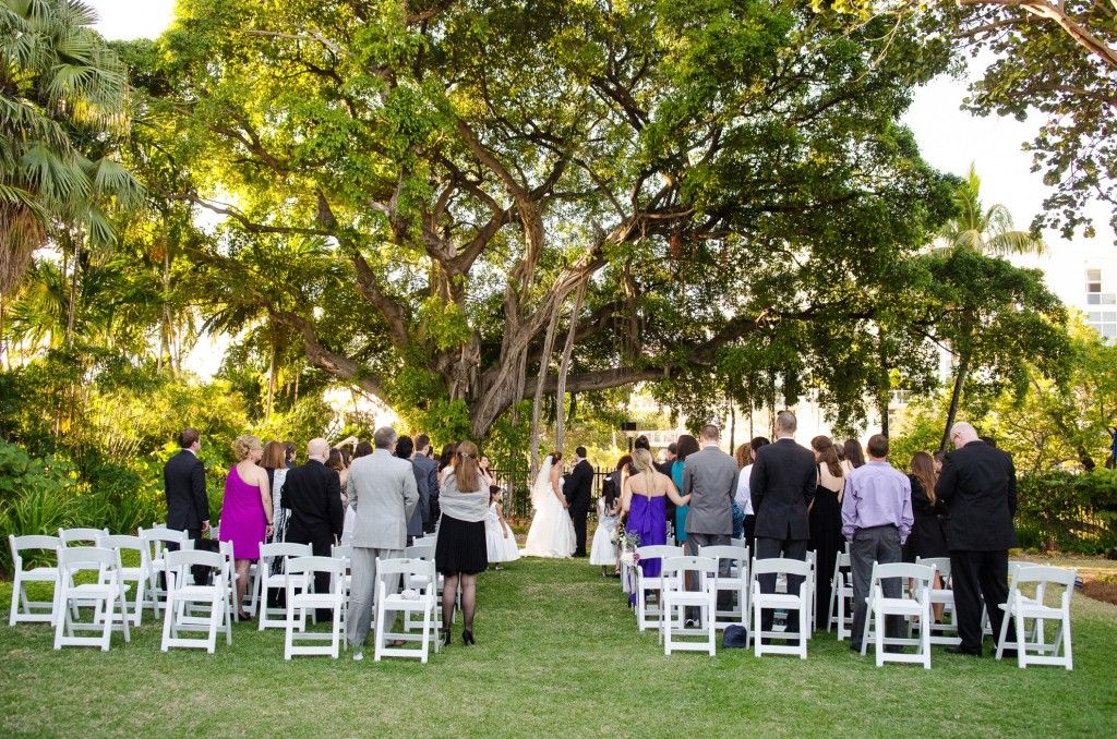Miami Wedding Photographer  Miami Beach Botanical Gardens. South Beach