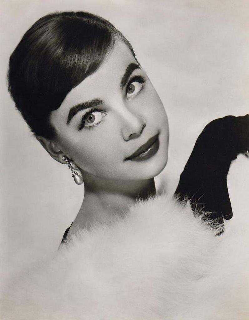 leslie caron 1953 title role