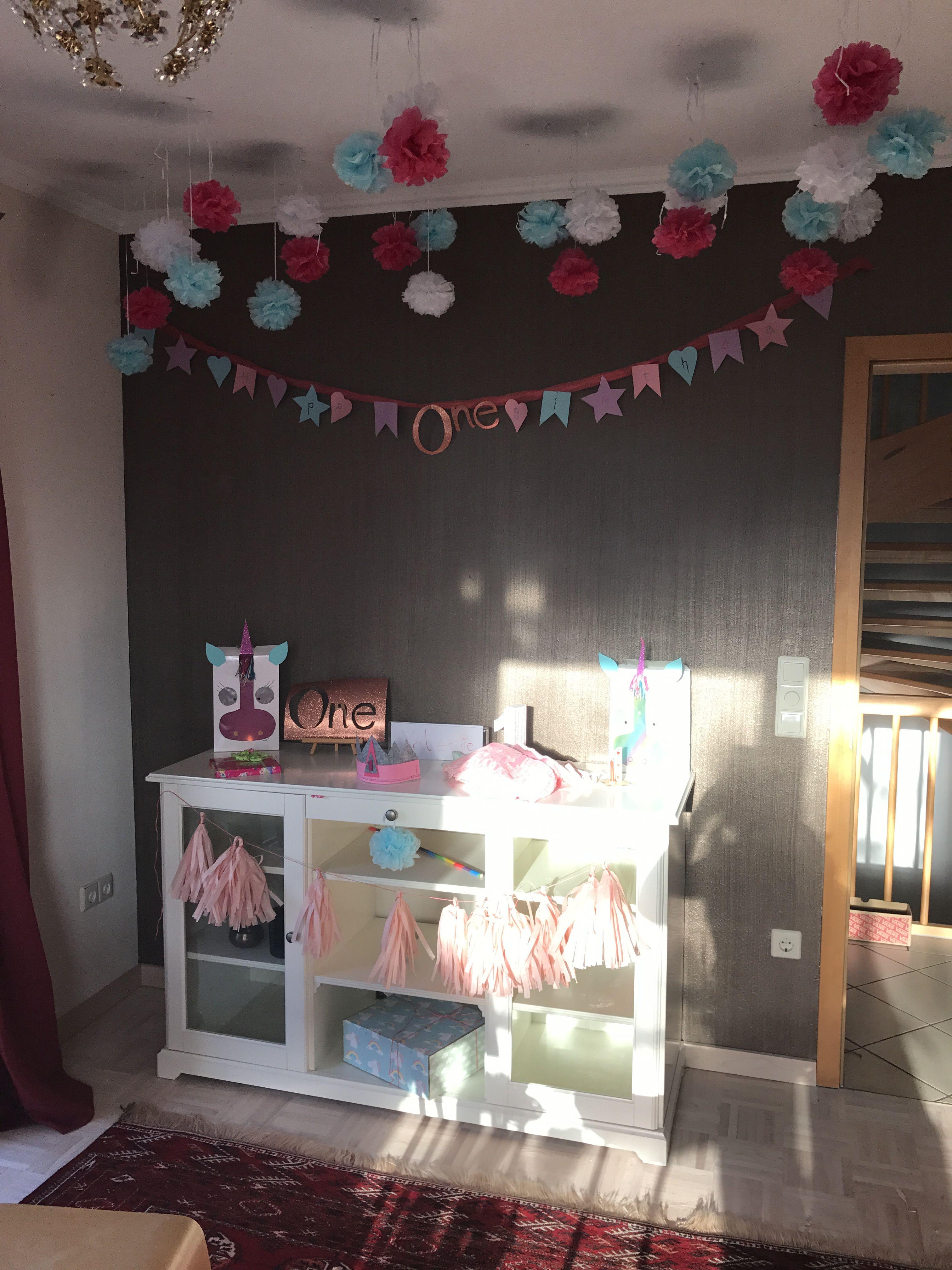 Erster Geburtstag Geburtstagstisch Candybar Firstbirthday