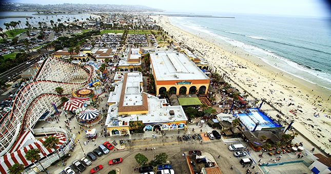 Best Tourist Spot In San Go Because There S Something For Everyone Belmont Park Mission Beach Ca The Dipper Is An Awesome Old