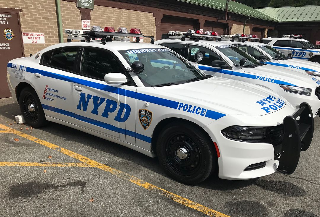 434 Me Gusta 11 Comentarios Emergency Service Photographer Thinblueline Nyc En Instagram Slide Left Nypd Highway Patrol 3 2016 Nypd Rappers The Unit