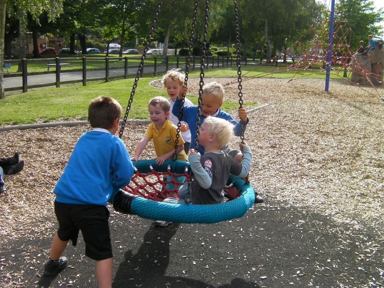 Aire de jeux pour enfants - nos idées de structures pas cher et